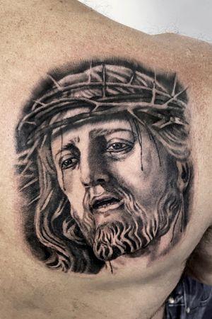 #realism #realistic #statuetattoo #jesus #portrait #portraittattoo