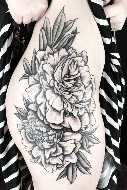 💐 #dotwork #etching #illustrative #linework #fineline #delicate #flower #floral #animal #nature #botanical #surrealism #trashpolka #realistic #blackwork #blackandgray #girlytattoo #idea #design #drawing #sketch http://www.therubygore.com