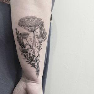 #tattoo #tattooidea #tattoodesign #tattooinspiration #tattoodo #tattooink #tattoolife #polishtattooartist #sanfranciscotattoo #berkeleytattoo #bayareatattoo #oaklandtattoo #jessejamestattoo #femaletattooartist #botanical #bouquet