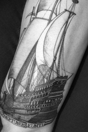 Favet Neptunus Eunti #Ship #Etching #Gravure #QuentinAldhui #HelloDarknessTattoo