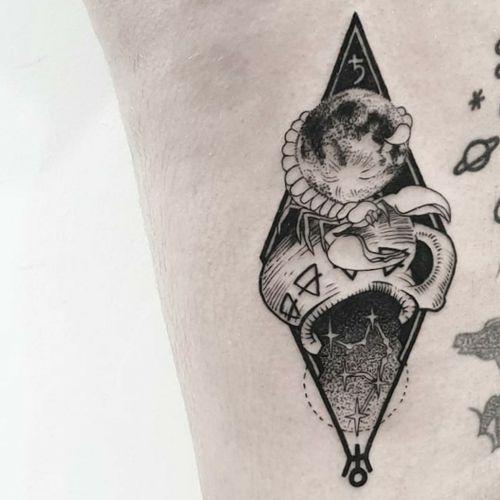 #tattoo #tattooidea #tattoodesign #tattooinspiration #tattoodo #tattooink #tattoolife #polishtattooartist #sanfranciscotattoo #berkeleytattoo #bayareatattoo #oaklandtattoo #jessejamestattoo #femaletattooartist #scorpio #aquarius #symbolism #geometry #bkackwork