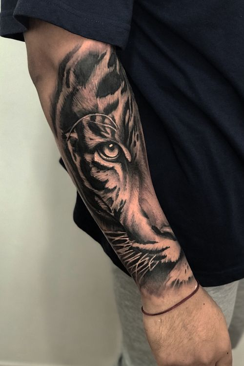 Tiger vision by ash j worldwide #ashjworldwide