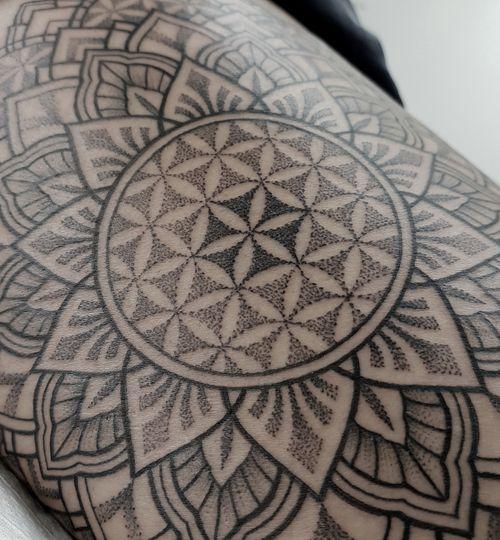 Sacred Geometry tattoo by jakab dezso #jakabdezso #sacredgeometry #geometric #mandala #shapes #dotwork #linework