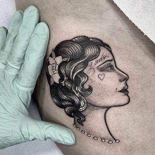 Lady head tattoo by Sara La Tia #SaraLaTia #lady #portrait #illustrative #chicano #neotraditional #heart #rose #script #pearl