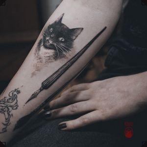 Her art world. ❦ 👹PLEASE DO NOT COPY - beware of the rage of Tengu👺 . ❦ Every design is unique and being tattooed only once. . ❦ #tattoo #tattoohamburg #tattooartist #tatouage #入れ墨 #tätowierer #tatuador #tattooart #illustrativetattoo #arttattoo #arttools #penciltattoo #quilltattoo #pentattoo #cattattoo #blackcattattoo #catportrait #blackworktattoo #blackworkers #paintbrushtattoo #artiststattoo