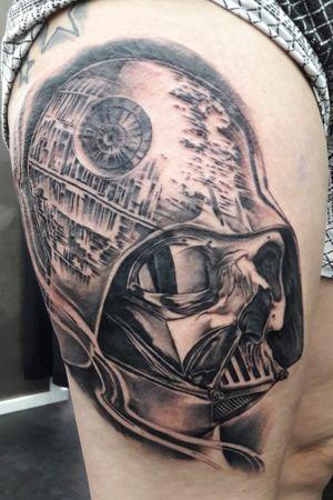 #blackandgrey #blackandgreytattoo #custom #customtattoo #starwars #starwarstattoo #darthvader #tattoo #realistictattoo #deathstar #skull #skulltattoo