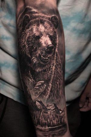 Grizzly Bear #beartattoo #grizzlybear #toronto
