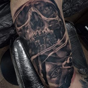 skull and all seeing eye!!