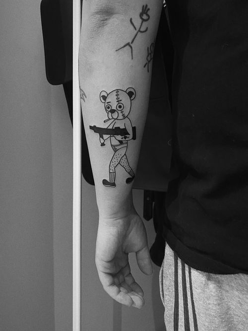 #gangsta #gangstatattoo #gangstabear #gangstatettybear #gangstertattoo #oldschool #oldschooltattoo #sunskin #sunskintattoomachines #sunskintattoo #bishop #bishoprotary #ink #inked #tattoo #tattooart #bear #teddybear