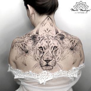 Tattoo by Marta Madrigal #MartaMadrigal #fineline #dotwork #illustrative #lion #flower #ornamental #animal