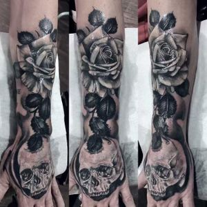 #skullroses cover up