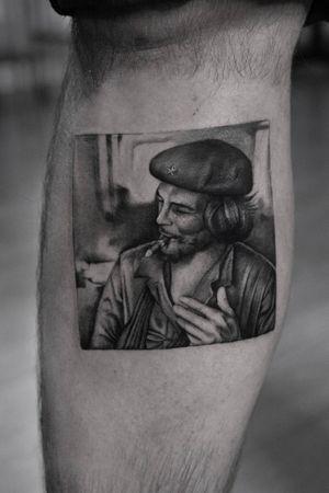 Che . . . . . #blackworkerssubmission #inkstinctsubmission #tatts #tattoostyle #ink #tattooart #tattoomodel #tatt #inked #drawing #tattooed #bodytattoo #photooftheday #portfolio #finelinetattoo #artwork #tattoodesigns #inkdrawing #procreate #photo #tattoo #art #tattoos #tattooideas #model #blackworktattoo #instadaily #tattoed #tattoowork #tattooartist #handdrawn