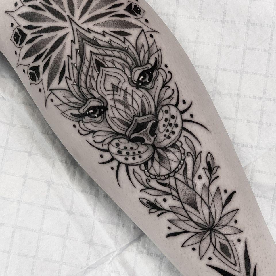 Ornamental big cat geometric tattoo by Tommy Sisneros #TommySisneros