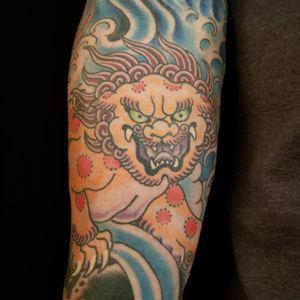 Shi shi lion. #samyamini #sleeve #japanesesleeve #japanesesleevetattoo #shishi #fudog #irezumi #japanesetattoo