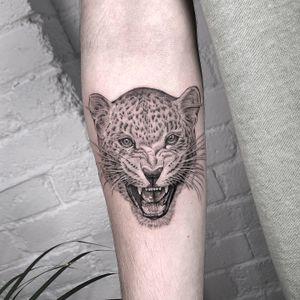 Leopard tattoo by Annabelle Luyken #AnnabelleLuyken #leopardtattoo #leopard #fineline