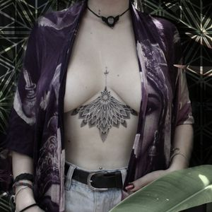 #handpoked   #tattooed #geometric #mandala #stickandpoke #handpoketattoo #tattoo #tattooedgirl #inkedgirls #inked #tattooartist #tattooartist #tattooideas