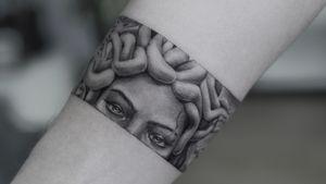 Medusa . . . . . #blackworkerssubmission #inkstinctsubmission #tatts #tattoostyle #ink #tattooart #tattoomodel #tatt #inked #drawing #tattooed #bodytattoo #photooftheday #portfolio #finelinetattoo #artwork #tattoodesigns #inkdrawing #procreate #photo #tattoo #art #tattoos #tattooideas #model #blackworktattoo #instadaily #tattoed #tattoowork #tattooartist #handdrawn