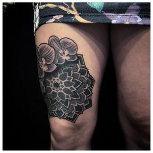 #2020 ཨོཾ་མ་ཎི་པདྨེ་ཧཱུྃ sacred_mandala@hotmail.com #sullen #sullenfamily #sifou #tattoo #tattooart #tattooartist #ink #numbskincream #helsingborg #sacredmandalafamily #sacred108 #sacred #mandala #mandalatattoo #ornamental #ornamentaltattoo #oriental #geometric #geometrictattoo #dotwork #blackwork #love #light #life #luck ... SPONSORED BY: * @supply_division * @supplydivision_proteam * @i_karagian * @urbanlegendtattooaftercare * @paulocruzes ProPen PRO Team * @numbskincream #teamsweden ... * @mediazink_official Travel Team ... WORKING AT: @houseofpainhbg ... USING: @immortalprime @fkirons @worldfamousink @dermalizepro @musotoku