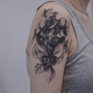 Cover up tattoo . Blackwork. Fineline tattoo by lesine.co @le.sinex