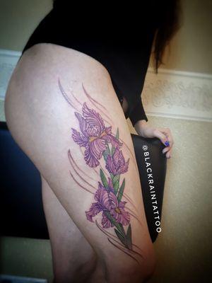 Irises 1 session 5 hours #tattooukraine #odessa #ukraine #iris #graphictattoo #colortattoo #flowertattoos