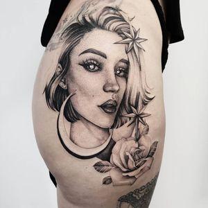 Work in progress @rockthecoasttattoo #tattoo #tattooinstagram #ink #inked #blacktattoo #blackwork #flowers #girlytattoo #girl