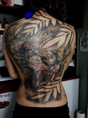 #tattoo #tattooart #inked #inkedgirls #tattooartist #tattoodo #tattoodoapp #awesometattoo #besttattoo #blackandgrey #blackandgreytattoo #liontattoos #fullbacktattoo