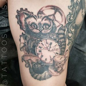 #tattooartist #aztattoo #aztattooartist #phoenix #blackandgreytattoo #TimBurton #timburtontattoo #AliceinWonderlandtattoo #cheshirecattattoo