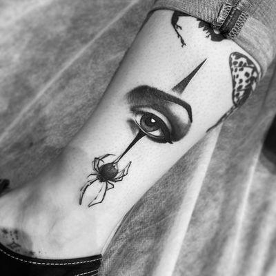 #eye #eyetattoo #spider #spidertattoo #realism #blackandgray #chicano #chicanotattoo
