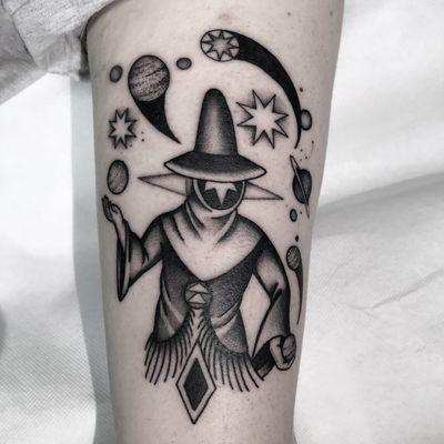 #totemica #buioOmega #tunguska #black #universe #planets #juggler #magician #tattoo #originalsintattooshop #verona #italy #blackclaw #blacktattooart #tattoolifemagazine #tattoodo