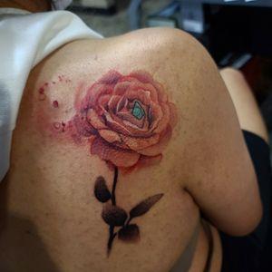 #rosetattoo #cooltattoos #fortworthartist #dallasartist #tattoo #cooltattoos #fortworthartist #dallasartist #burlesontattoos #texastattoos #blackandgreytattoo #colortattoo #floral #flower #watercolortattoo #texasartist #inkedchick #ladieswithtattoos #realism