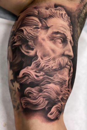Another sculpture piece in the books. Will answer emails and messages over the weekend. Still gotta few openings in June. Will be opening up availablity for end of July and August soon. Thanks for everyone's support. #sculpturetattoo #peaces #poseidontattoo #blackandgrey #bng #realism #davincineedles #blessed #hustle #inked #greekmythology #greekgodtattoo #guyswithtattoos #girlswithtattoos #instadaily #tattooartist #artist #artfirst #skanvas #oc #cypress #longbeach