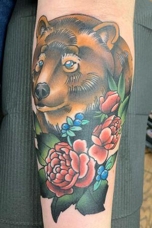 #bear #neotraditional #colortattoo #brownbear #flowers #coverup #legacyartstattoo #dallastattooer #dallastattooartist
