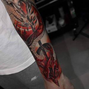Bloody Red <3 Half sleeve in progress for Adam #snaketattoo #snake #neotraditional #arrow #halfsleeve #wandal #tattoosformen #epicink