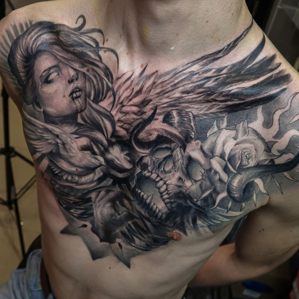 Full chest for Irinel, cover-up involved Enjoy! #chest #chesttattoo #skulltattoo #blackandgrey #wandal #tattoosformen #epicink
