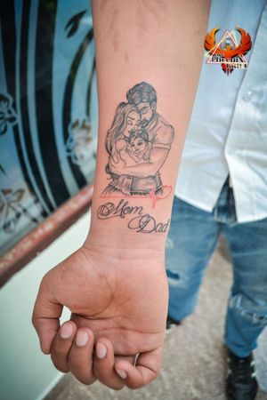 #mom #dad #sondaughter #love #tattoodesigns #custommade #customtattoos #creativity #createeveryday #loveyou #tattoodo #tattooworkers #tattoomagazine #inked #inkart #artist #best #quarantine #tattoolifestyle #momdad #momtattoo #dadtattoo #daddy #tattooideas #finelinetattoo #finetattoo #hygiene #tattoomodel