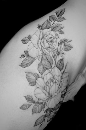 Hip floral piece.  Paige Jean Tattoos.  Salt Lake City, Utah.  • Contact me on my Instagram @paigejeantattoos or text me at 805-835-2230