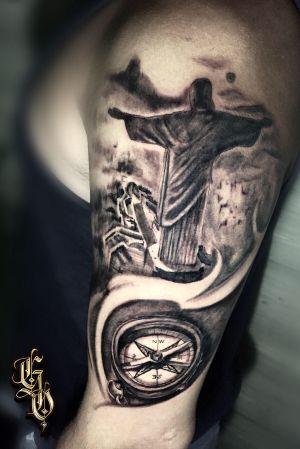 ⚠️Cristo Redentor ⚠️. Trabalho feito no meu brother @seth.goncalves7 lá da Suíça que aproveitou as suas férias de verão pra poder fazer esse projeto. Valeu pela confiança, até a próxima meu brother. #tattoo #tattoocristoredentor #tattoobussola #tattoos #tattooartist #tattooblackandgrey #tattoopretoecinza #tattooeurope