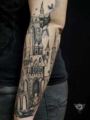 Mystical castle #castle #medieval #stronghold #moon #night #dark #blackwork