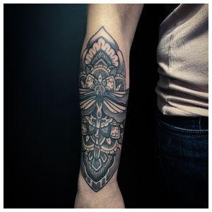 #2020 ཨོཾ་མ་ཎི་པདྨེ་ཧཱུྃ sacred_mandala@hotmail.com #sullen #sullenfamily #sifou #tattoo #tattooart #tattooartist #ink #numbskincream #helsingborg #sacredmandalafamily #sacred108 #sacred #mandala #mandalatattoo #ornamental #ornamentaltattoo #oriental #geometric #geometrictattoo #dotwork #blackwork #love #light #life #luck ... SPONSORED BY: * @supply_division * @supplydivision_proteam * @i_karagian * @urbanlegendtattooaftercare * @paulocruzes ProPen PRO Team * @numbskincream #teamsweden * @mediazink_official Travel Team WORKING AT: @houseofpainhbg USING: @immortalprime @fkirons @worldfamousink @dermalizepro @musotoku @unigloves