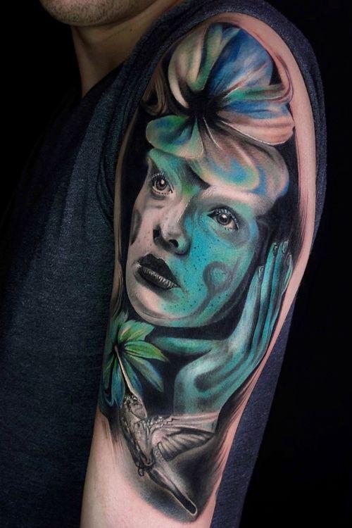 Surreal tattoo by Yiliante Mascarine #yiliantemascarine #painterly #paint #surreal #portrait #dream #bird #lady