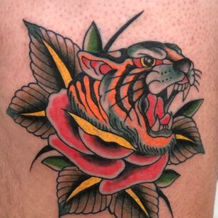 Tiger and rose tattoo by Franco Dipalma #FrancoDipalma #traditional #tiger #rose #color