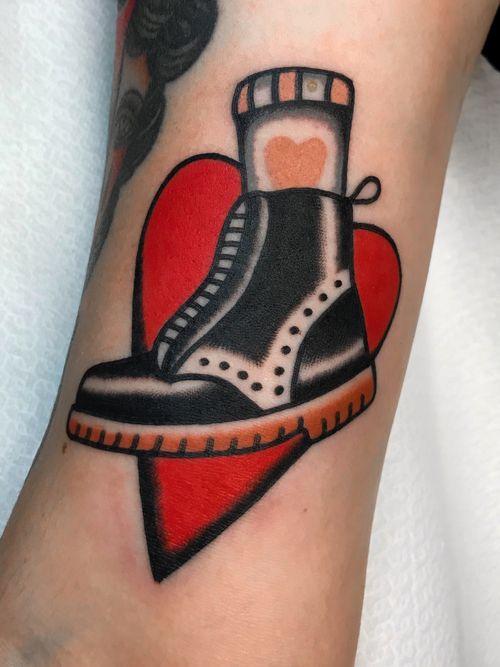 #boot_tattoo #amsterdam_tattoo #amsterdam_traditional_tattoo # love_boot #tattoo #shoes_tattoo