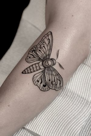 """""""And I shall seek you endlessly, for I am a moth, and you're my flame Knowing that I'll burn at your touch I return, for you're a fire"""" #moth #mothtattoo #dotworktattoo #tattoo #tattooideas #tattooist #sydney #butterflytattoo #butterfly #neotraditionaltattoo #neotraditional #tattooart #tattoosketch #tattoodesign #tattooideasformen #tattoosforwomen #tattooinspiration #tattooideasfemale #tattootatuagem #ink"""