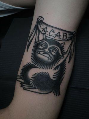 Tattoo by Sven Anholt #SvenAnholt #Anholttattoo #demon #darkart #illustrative #oldschool #blackwork #acab #banner #lettering