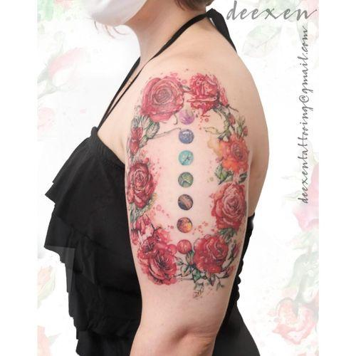 Queen of Roses ➡️Contact: deexentattooing@gmail.com 🌹Merci Magali! . . . #tatouagefleur #rosetattoos #watercolortattoos #tatouagefemme #aquarelleflowers #gardenroses #rosetattoodesign #tatouagefrance #aquarelletattoo #watercolortattoo #tatouageparis #tatouagecouleur #watercolorflowers #redroses #rosesofinstagram #rosewatercolor #rosestattoo #deexen #deexentattooing