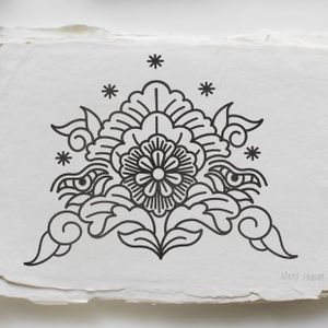 #ornamentaltattooo #tattoo #blackwork #pics_of_inked #oldlines #fingertattoo #mrypk #marysinner #mehnditattoo #berbertattoo #tattoodo #chest