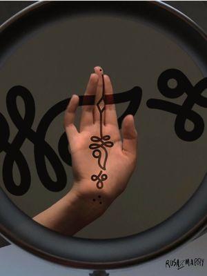 """"""" ฐ.ฐาน """" Thai alphabet traditional flash. If you looking for good tattoo meaning concept ,we'll can shared ideas 50/50 🙏 #rosazmarry #mrypk #marysinnerink #traditionaltattoo #thaitraditionaltattoo #thaialphabet #alphabettattoo #ornamentaltattoo #tattooflash #hcmcttoo #thaitattoo #tattoodo #tattooideas #art #instagram #instagramtattoo #artistsoninstagram #followforfollowback #hochiminhtattoo #호시민문신 #타투호시민 #palmtattoo"""