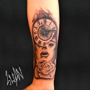 #blackandgrey #sombreada #pretoecinza #clock #relogio #tatuagem