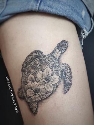 #tortoise #aplleflower #odessa #ukrainetattoo #ukraineartist