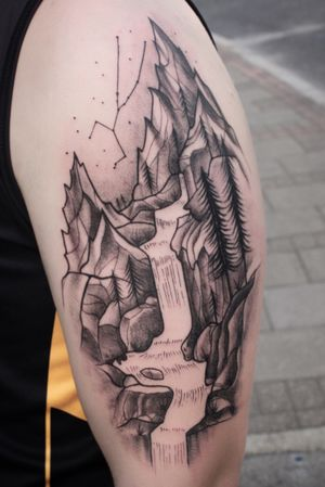 Mountains #blackwork #blackink #tattoo
